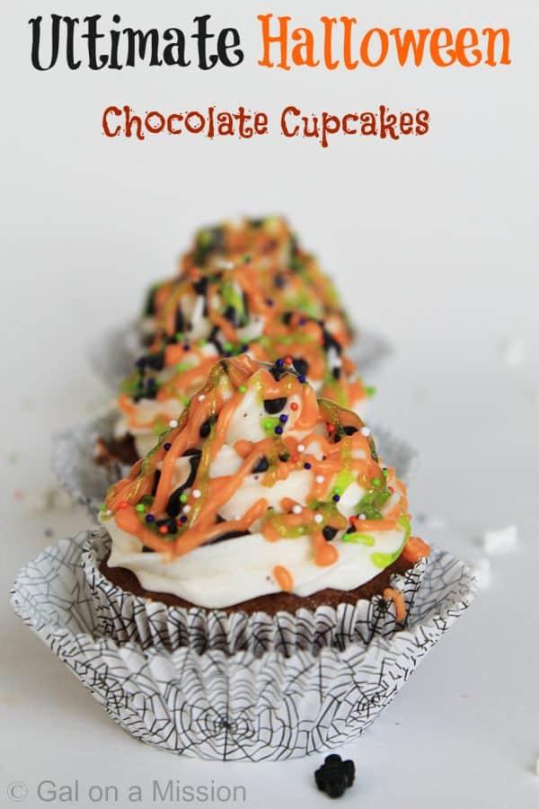 Ultimate Halloween Chocolate Cupcakes #Halloween #Desserts #Food #Chocolate