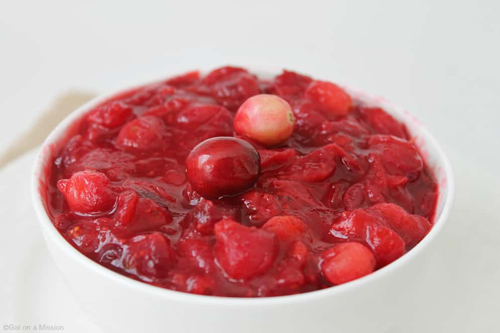Maple Cinnamon Cranberry Sauce #Thanksgiving #Cranberries #Fresh #Yum