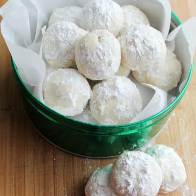 Snowball Cookies #10DaysofCookies
