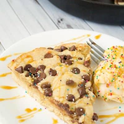 Deep-Dish Chocolate Chip Skillet Cookie