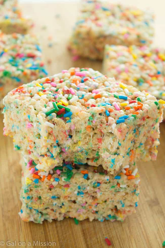 Funfetti Rice Krispy Treats | Recipe on galonamission.com