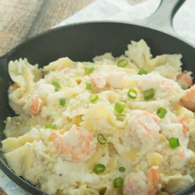 A healthy and absolutely delicious Creamy Shrimp Pasta Recipe!