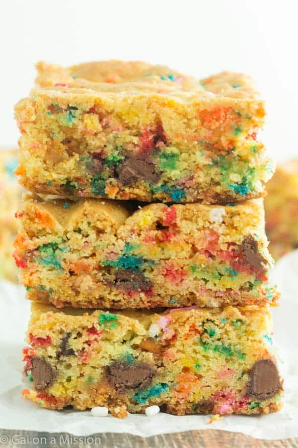 Funfetti Cake Mix Cookies With Chocolate Chips
