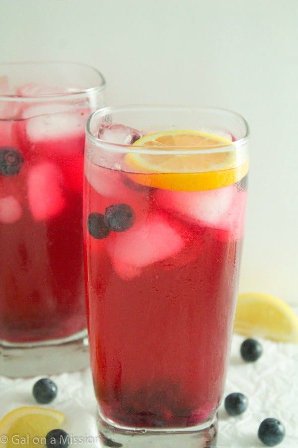 Refreshing Blueberry Lemonade