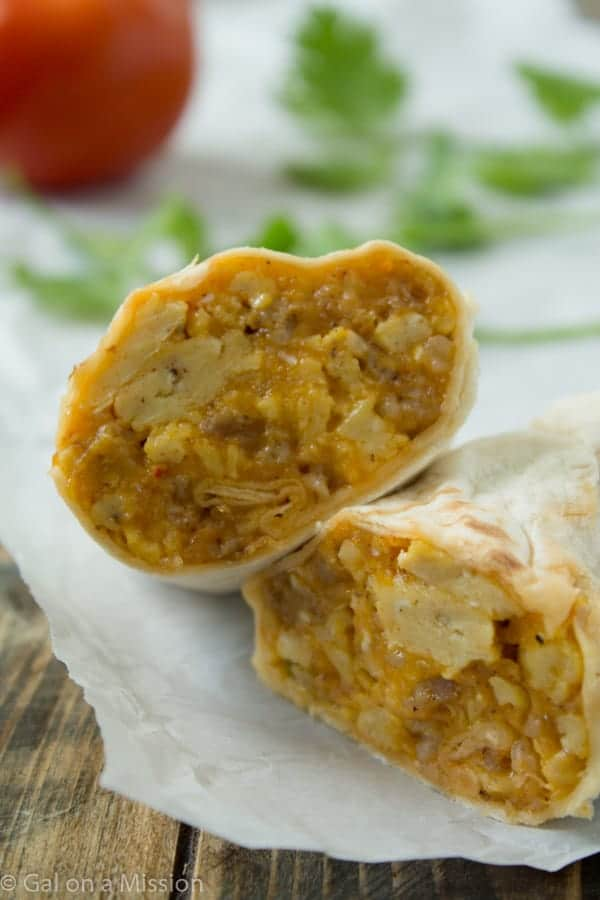 Cheesy Sausage Freezer Breakfast Burritos from @galmission #freezermeals #burritos #breakfast