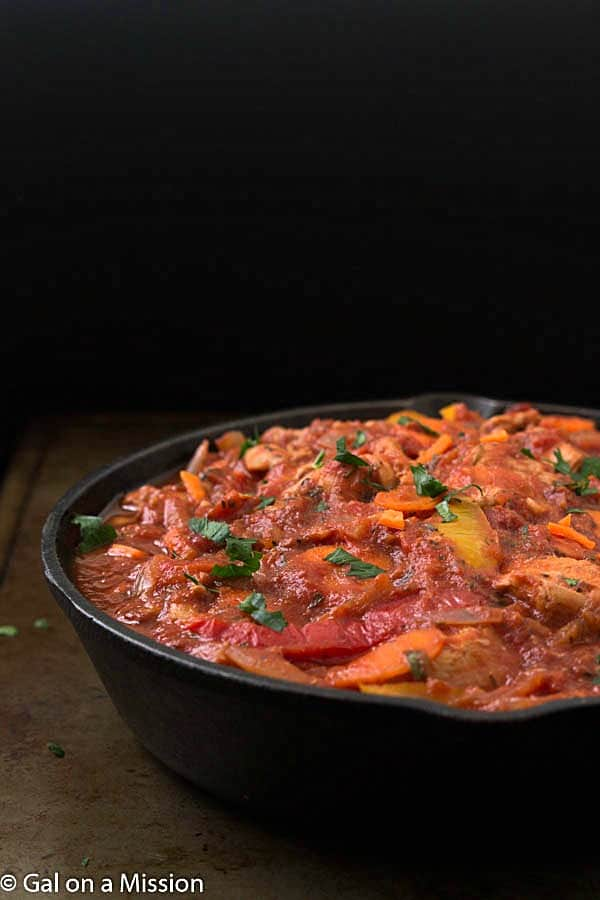 One-Pan Chicken Cacciatore Recipe - A flavorful tomato-based sauce with diced chicken breasts, bell peppers, onions, carrots, and the best spices! It's so easy you can even make this chicken cacciatore in a crock pot or slow cooker! One of my favorite one-pan chicken dinner options! You are going to LOVE it!