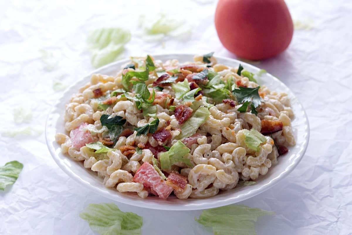 BLT Macaroni Salad - Gal on a Mission