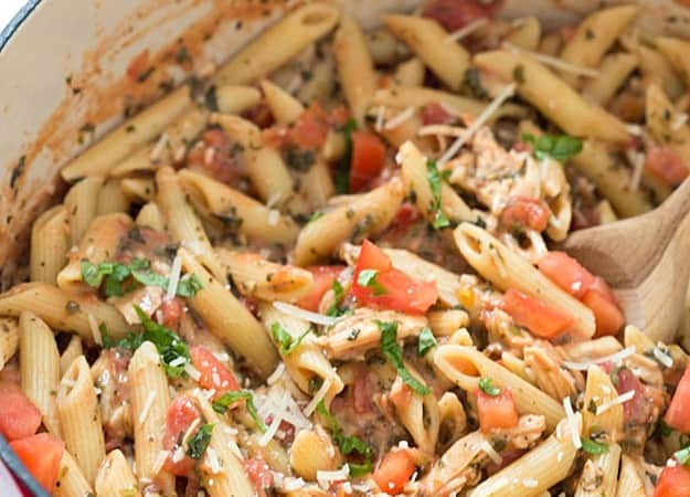 20-Minute Tuscan Chicken with Penne Pasta - The easiest and most flavorful weeknight meal! Comforting, warming, and delicious. Did I mention how quickly ever gobbles it up? Oh yeah.