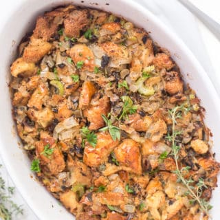 Life-Changing Easy Thanksgiving Stuffing